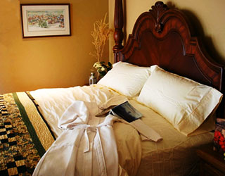 Check out our rooms, rates & availability at Country Ridge B&B in Oyama