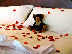 Rose Petal turn down service available at Country Ridge B&B in Oyama, BC